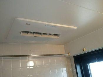 浴室乾燥機とビルトインコンロの交換